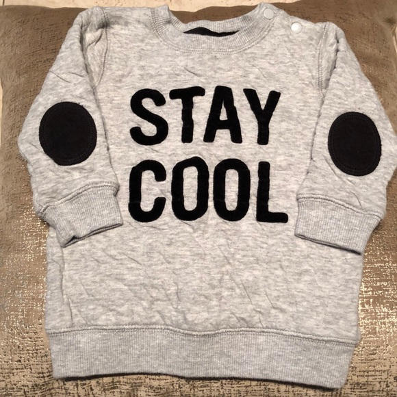 H&M Other - H&M Sweatshirt
